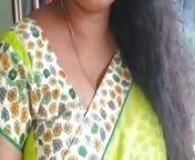 Telugu wife Lamala shows her assets from telugu puku dengudu sex